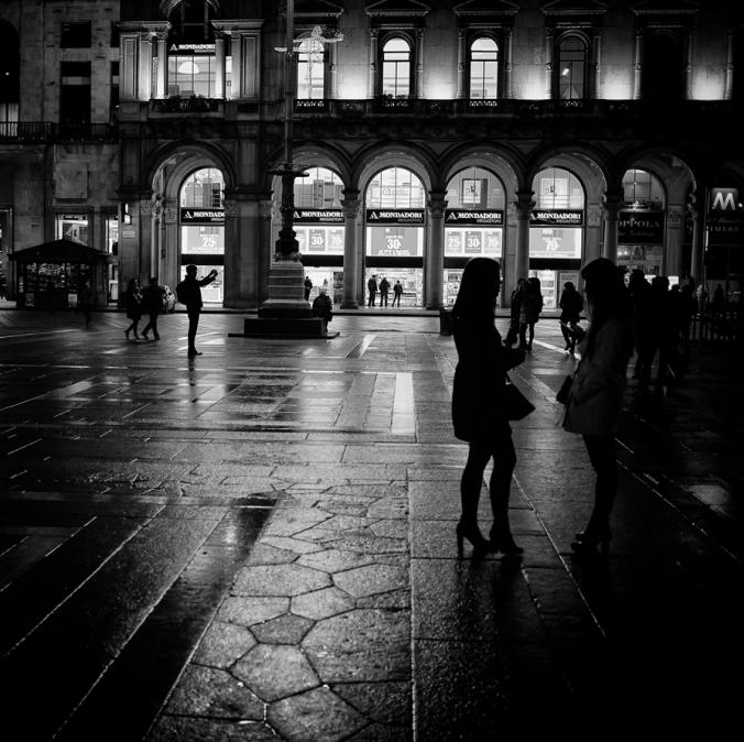 women-on-street